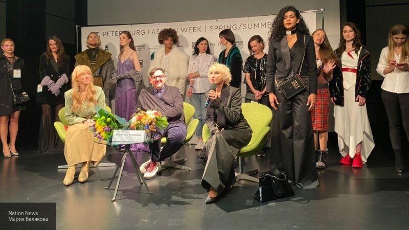 В Петербурге дизайнеры представили новые веяния моды в эпоху пандемии