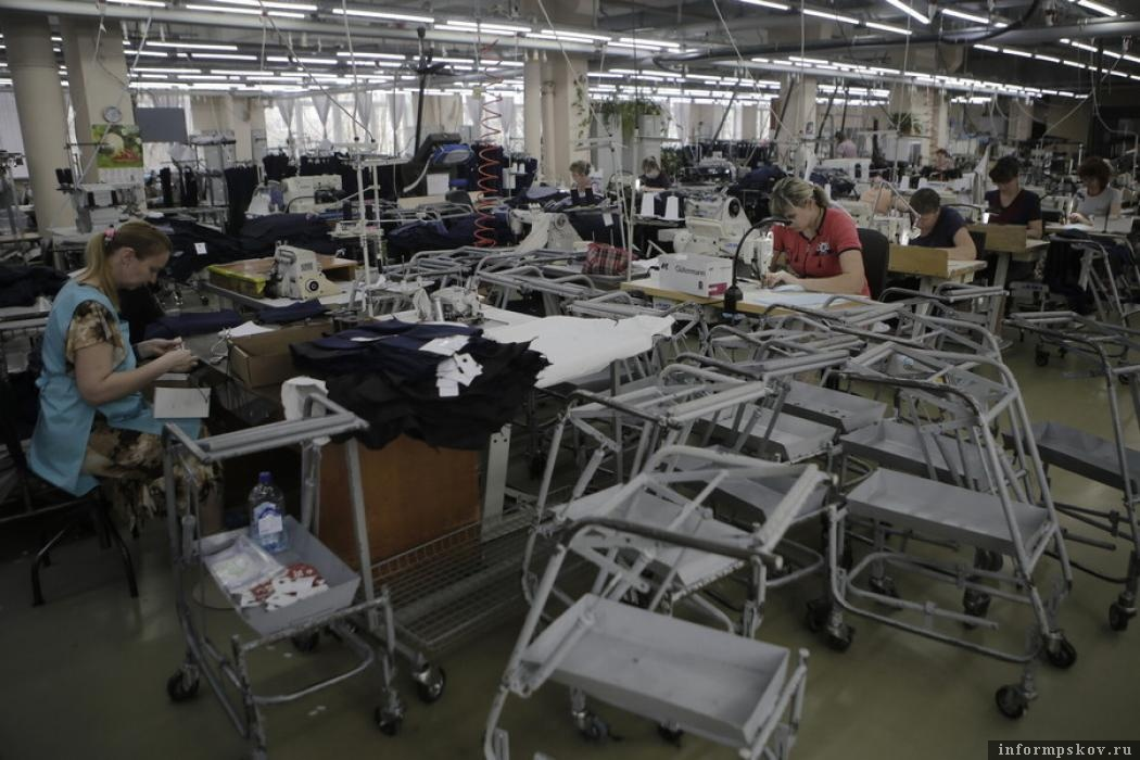 Псковскую швейную фабрику выдвинули на премию «Народное призвание»