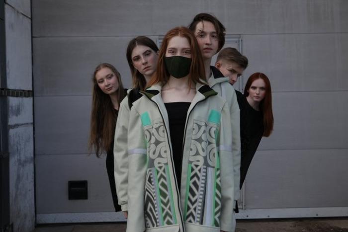 На всероссийском фестивале дизайнеров представили одежду с вологодской вышивкой