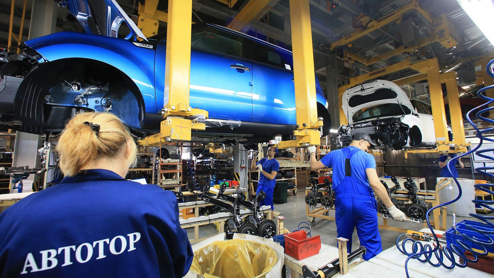 Компания «Автотор» оказала помощь в обеспечении соцработников Калининграда