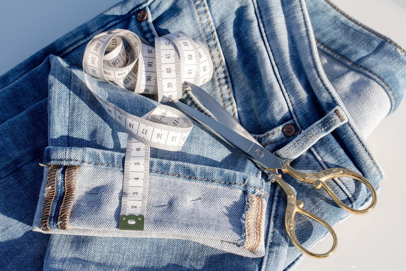 Власти Нидерландов совместно с производителем одежды создали Джинсовый договор