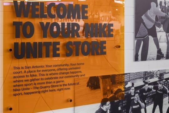 Nike объявил об открытии магазинов в новой концепции
