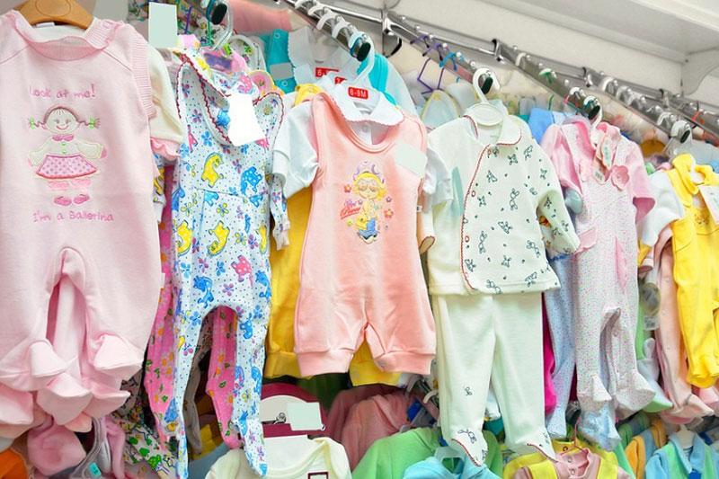 В Казахстане упало производство детской одежды