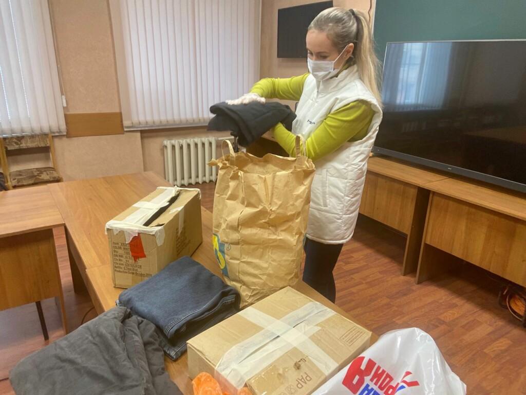 Тамбовские волонтеры организовали сбор теплой одежды для нуждающихся