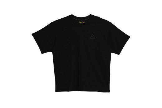 Фаррел Уильямс и Adidas представили новую совместную коллекцию в черном цвете