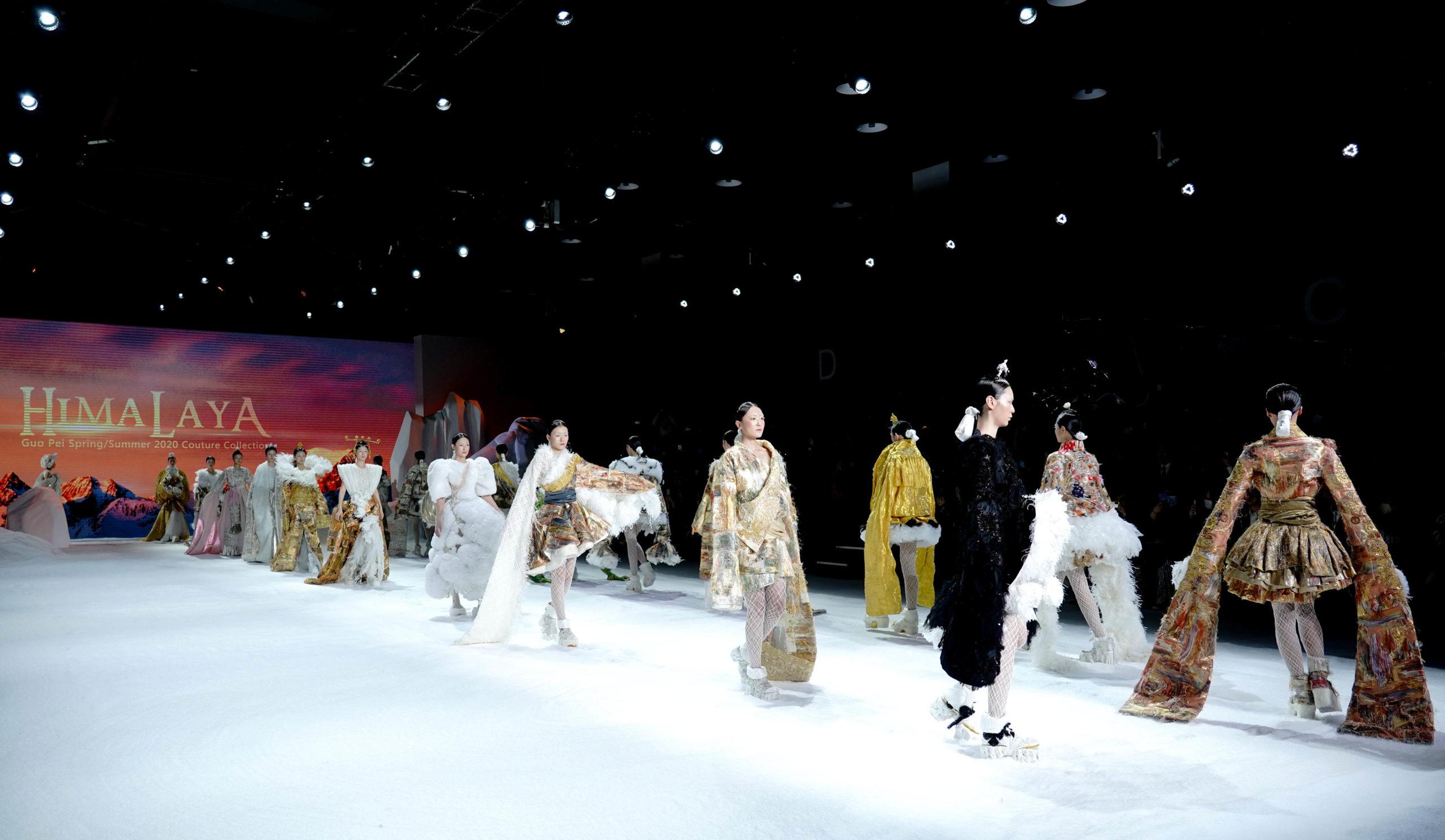 В Китае прошла Международная неделя моды 2020
