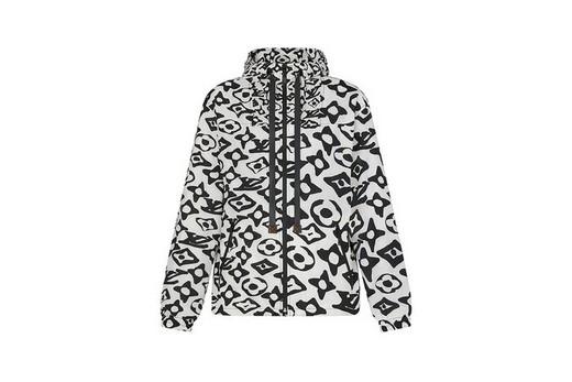 Французский дом моды Louis Vuitton и художник Урс Фишер выпустили совместную коллекцию одежды