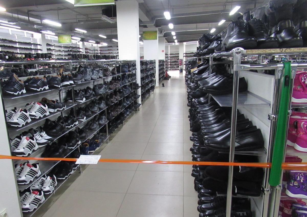 Оренбургский Роспотребнадзор выявил факт реализации немаркированной обуви