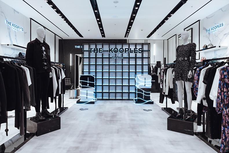 В России открылся первый магазин французского модного дома The Kooples