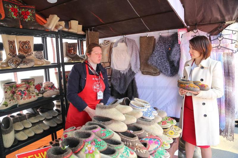 В Воронеже открылась ярмарка одежды и текстиля