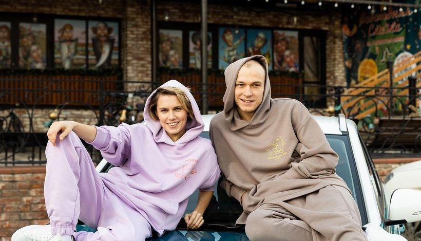 Бренд Zasport выпустил благотворительную новогоднюю коллекцию одежды