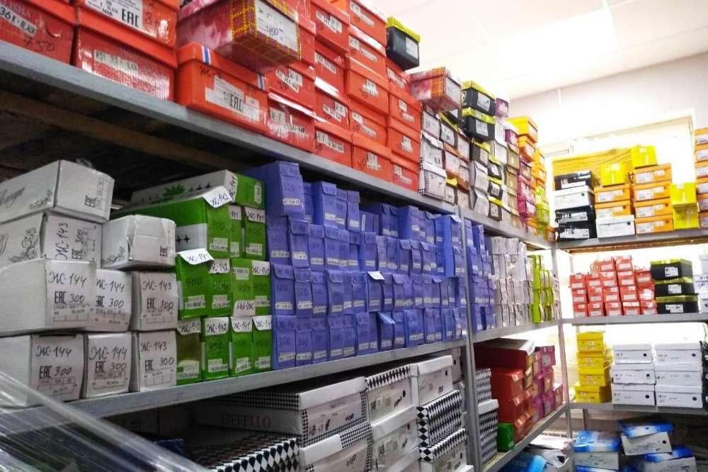 В Тульской области выявили факт реализации немаркированной обуви