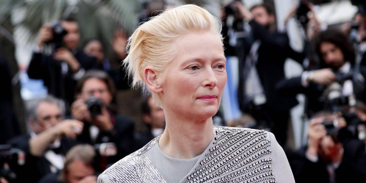 Эдвард Эннинфул и Тильда Суинтон запустили подкаст о развитии индустрии моды