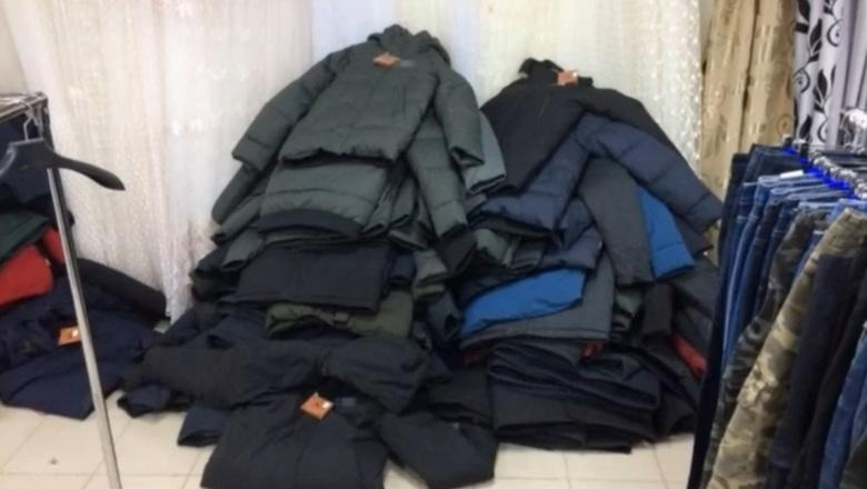 В Дзержинске изъяли более 900 единиц контрафактной одежды