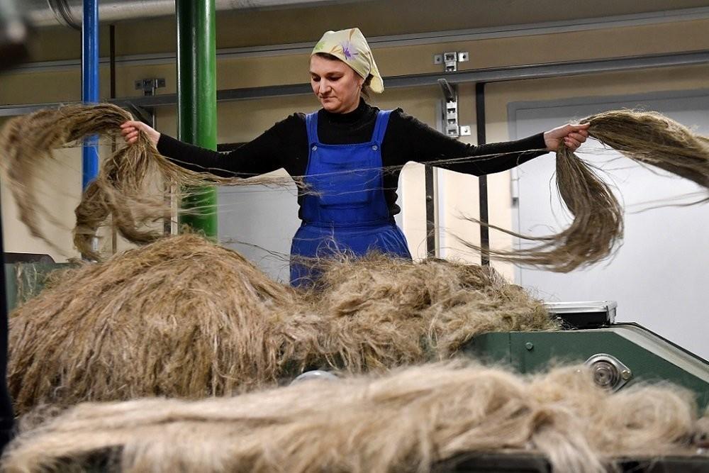 Правительство изменило правила субсидирования отечественных производителей пряжи и ткани из льна