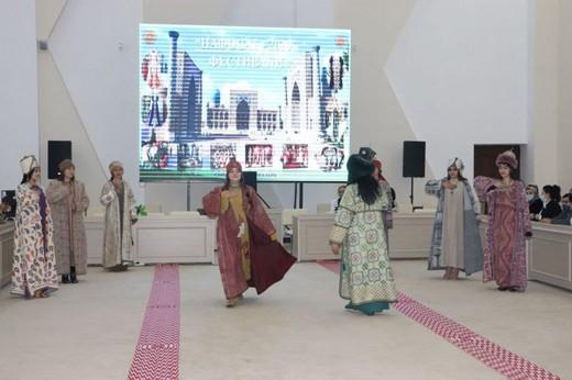В Узбекистане завершился фестиваль моды «Нафосат»