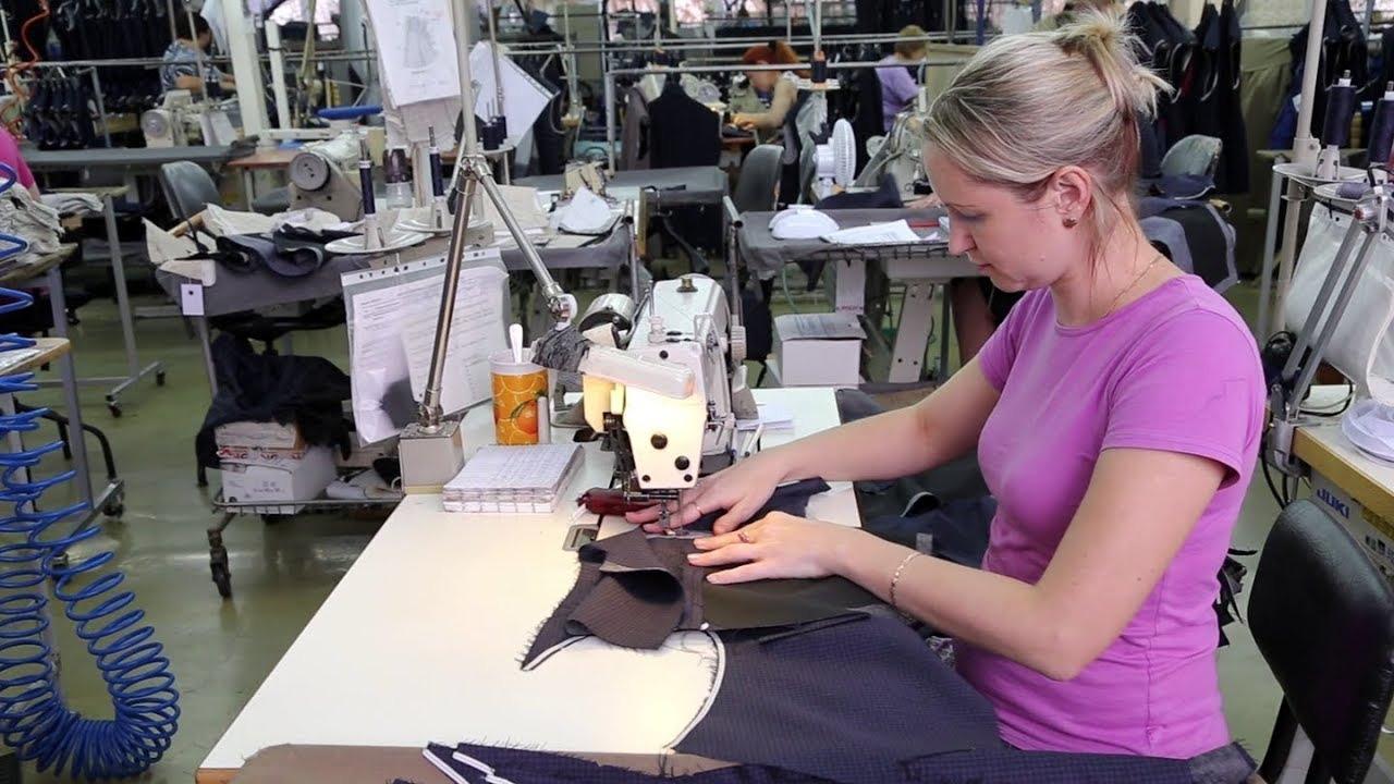 Псковская швейная фабрика «Славянка» вошла в число лучших семейных предприятий России