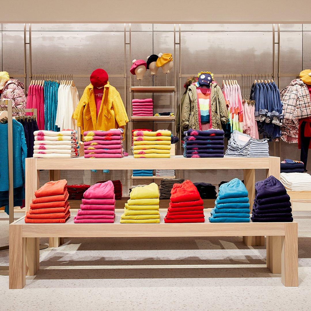 Benetton открыл магазин, сделанный из использованных материалов