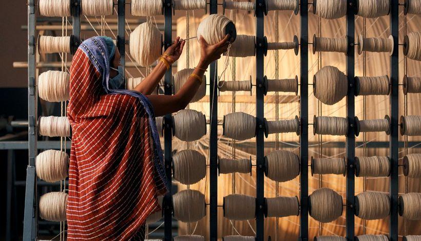 H&M приостанавливает заказы на швейных производствах Мьянмы