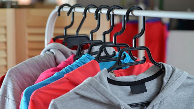 В Новосибирске шили и продавали одежду известных брендов