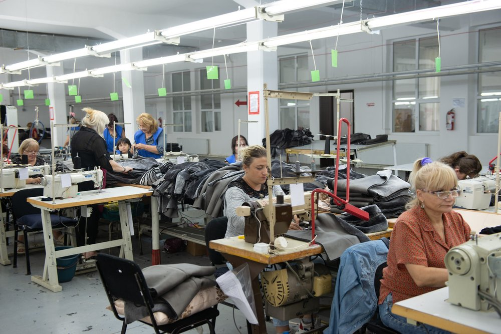 Грузинская текстильная компания «Имери» будет сотрудничать с итальянским брендом «Монклер»
