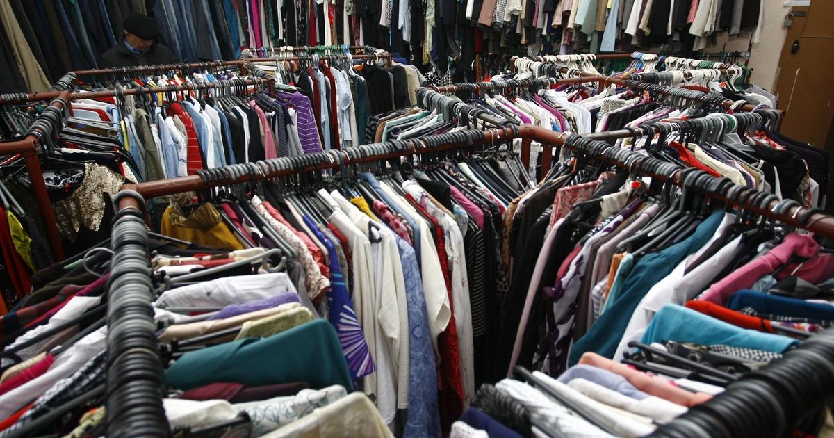 В Казани обнаружили магазин, в котором реализовывали контрафактную одежду