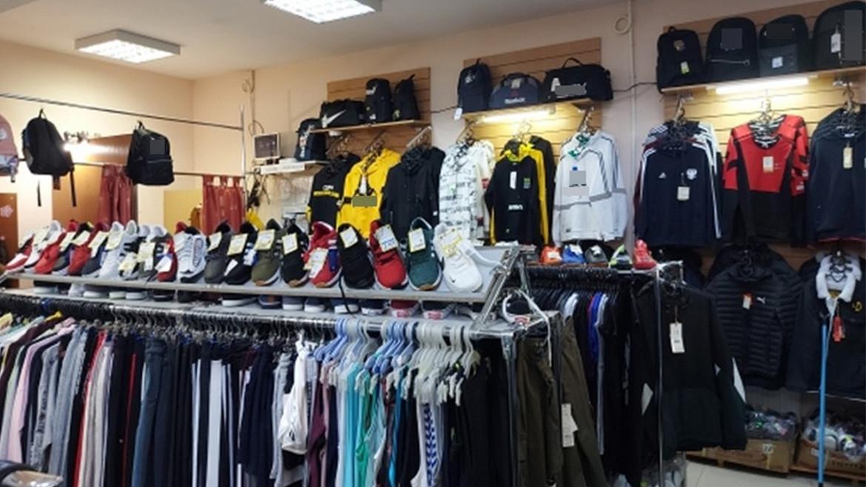 Во Владимирской области пресекли реализацию контрафактной одежды и обуви