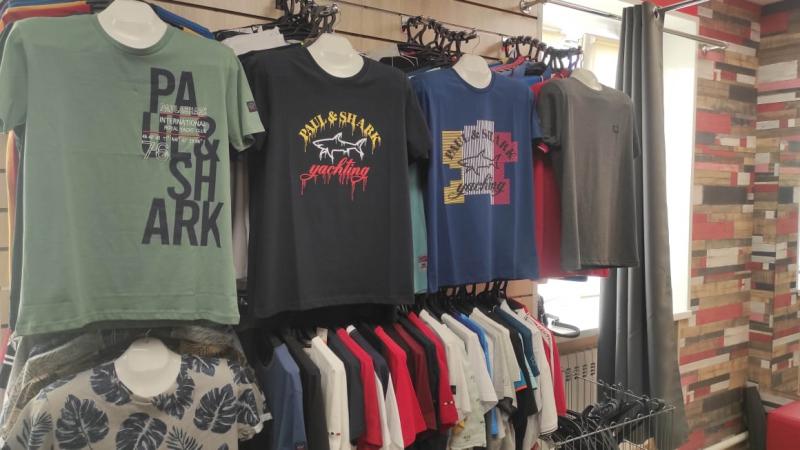 В Тамбовской области выявили факт реализации контрафактной одежды