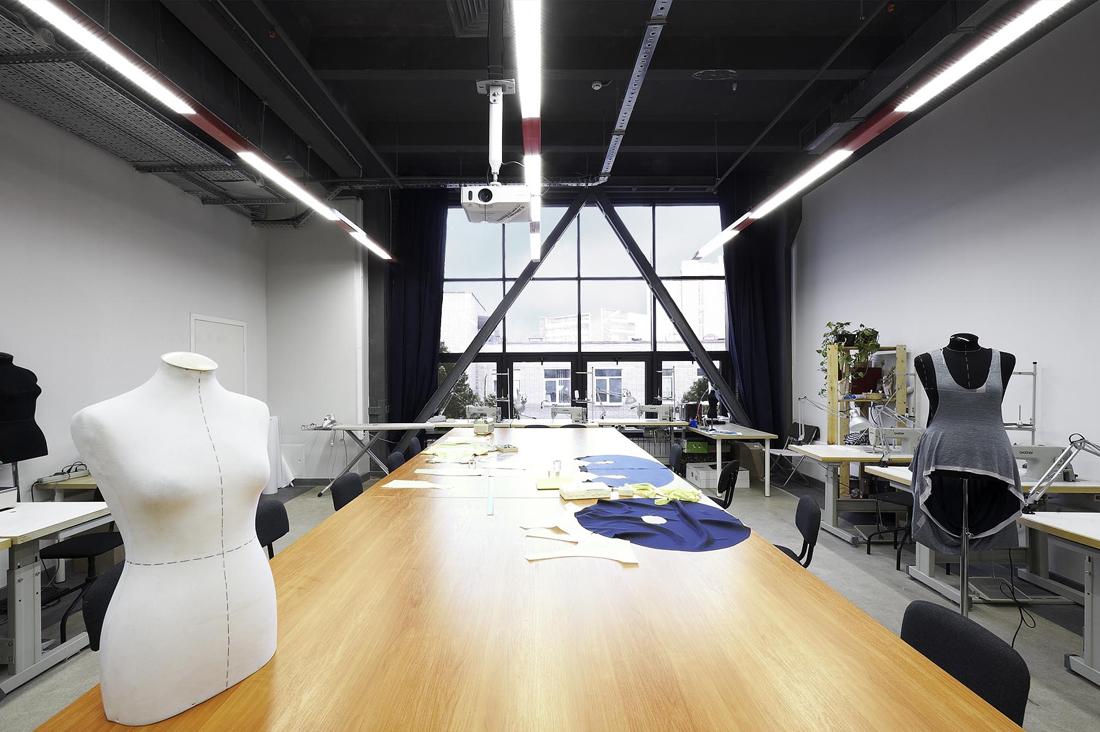 Британская высшая школа дизайна выпустит курс «Бизнес в индустрии моды»