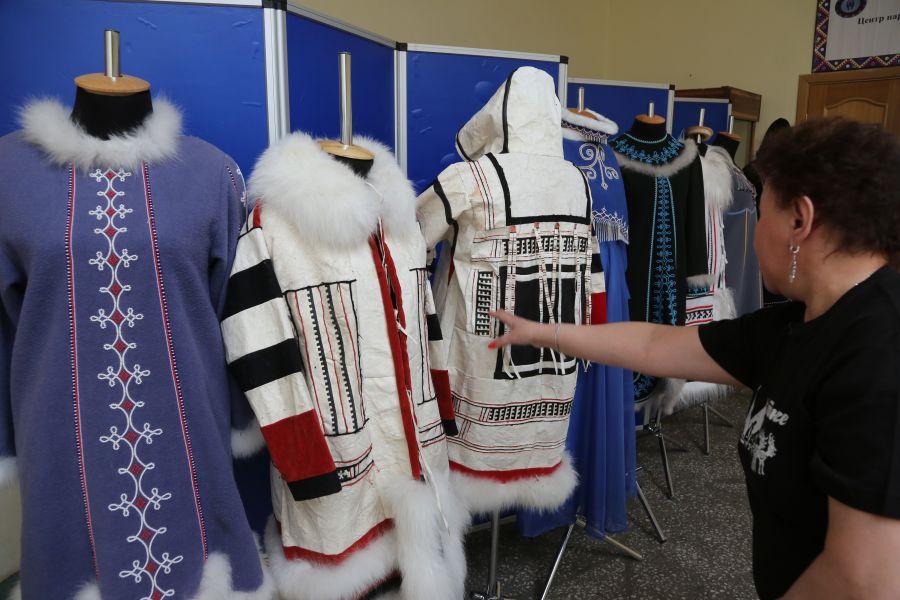 В Красноярском крае построят новые цеха по пошиву национальной одежды