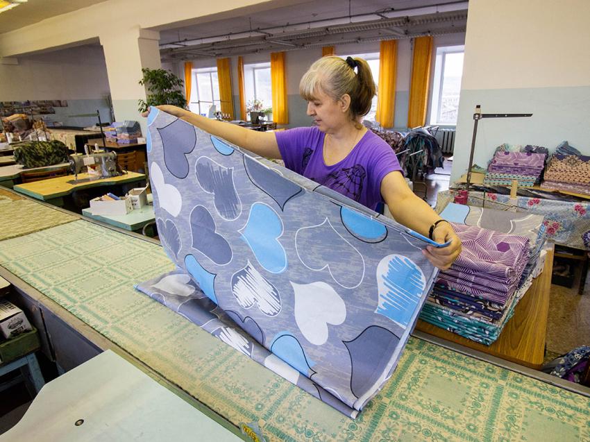 Швейная фабрика «Забайкалье» закупила большую партию ткани из Иваново