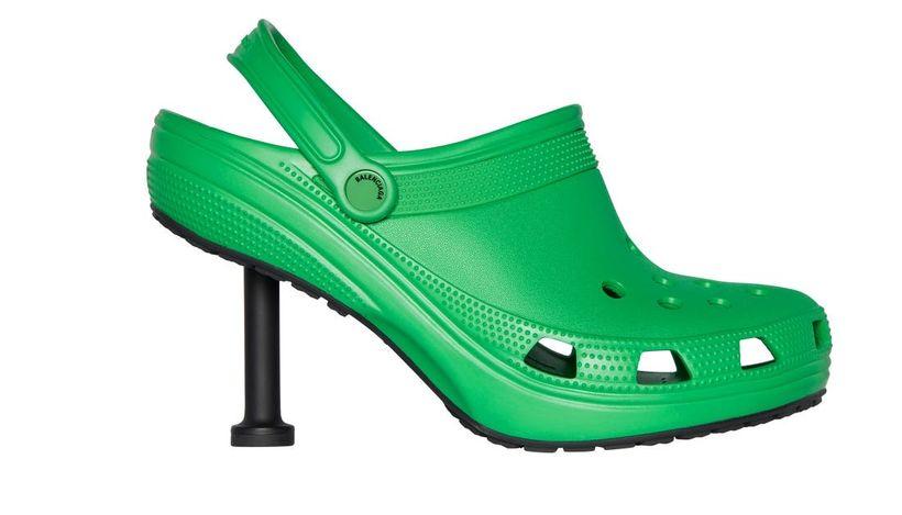 Balenciaga и Crocs представили кроксы на шпильке