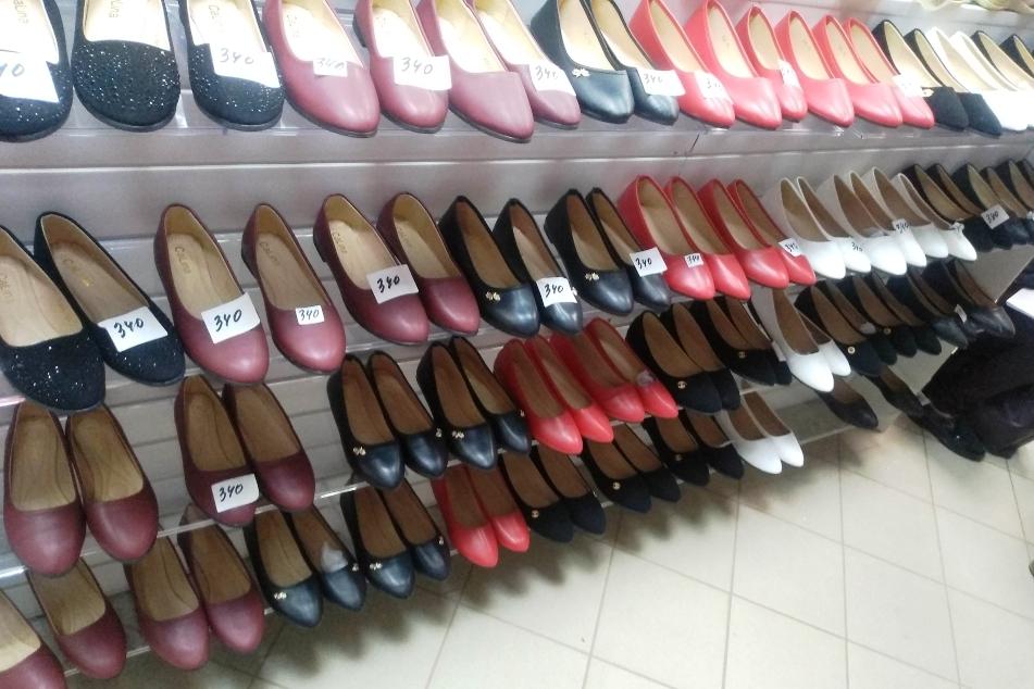 В Туле выявили факт реализации контрафактной обуви