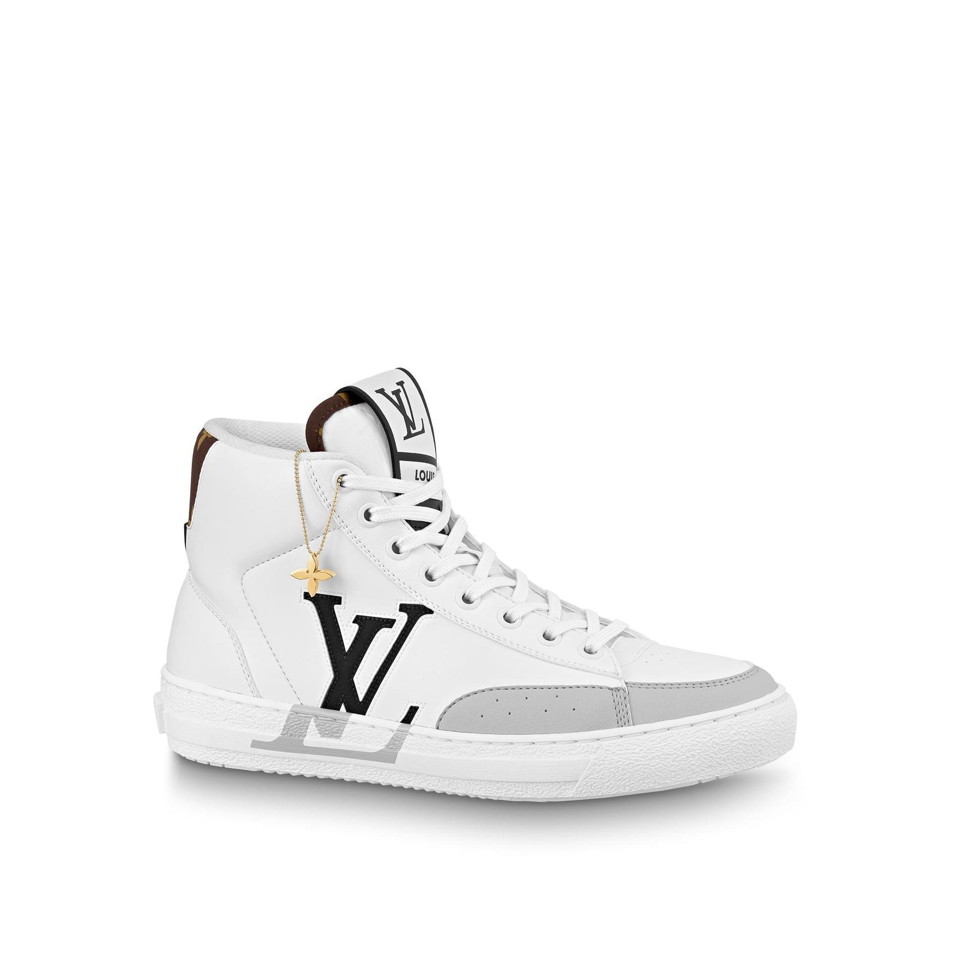 Louis Vuitton представил кроссовки из переработанных материалов