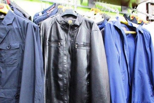 В магазине Красноярска арестовали верхнюю одежды без маркировки