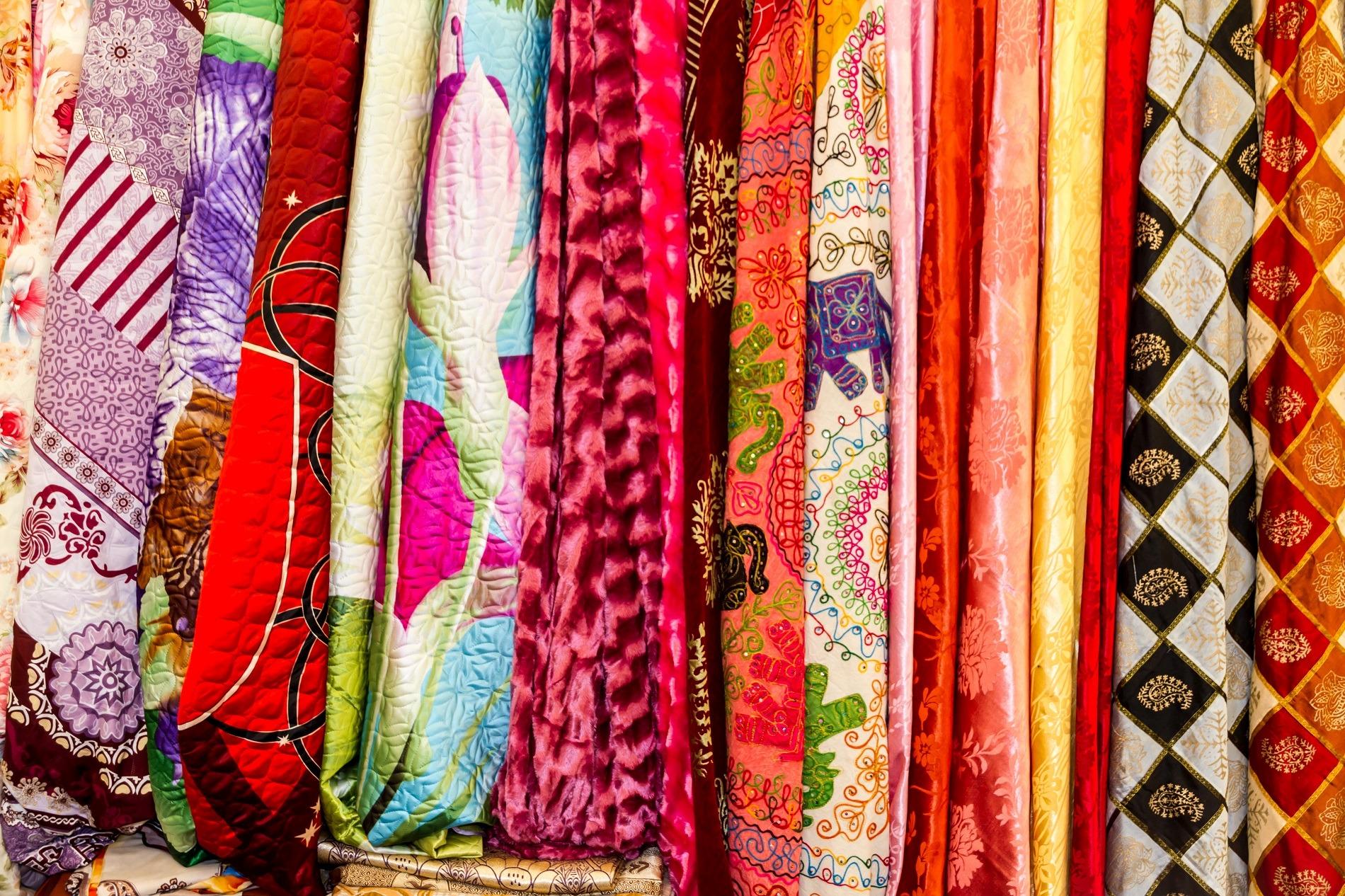 Индийский текстиль будут продавать в Красноярске