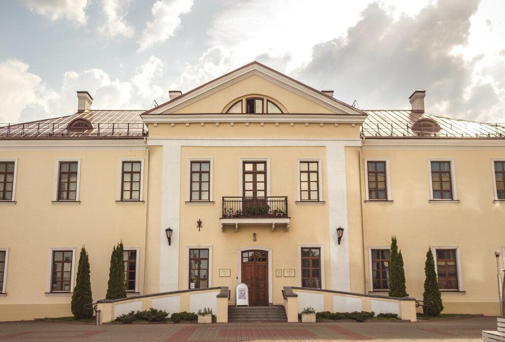 В галерее М. Савицкого пройдет выставка текстиля под музыку Рихтера