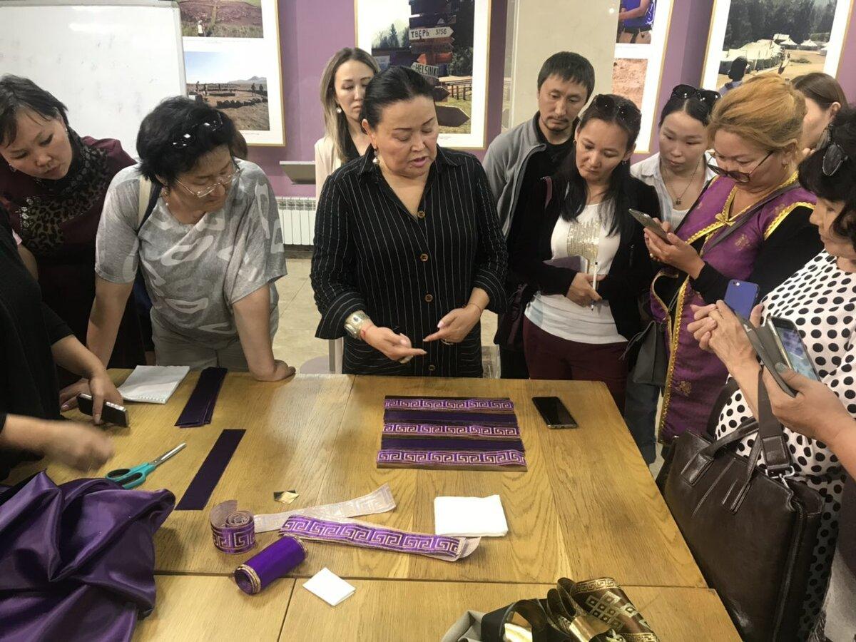 В Туве откроется швейный этноковоркинг-центр