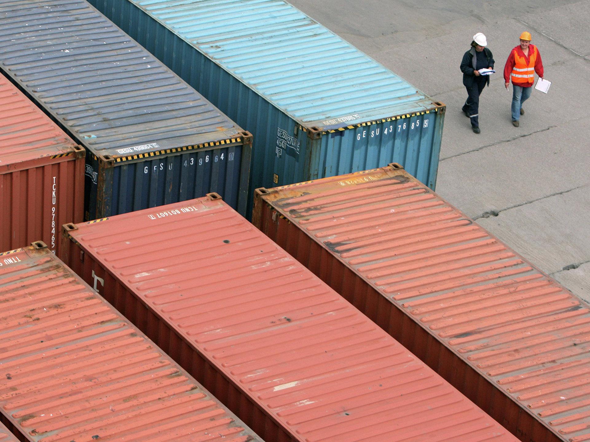 Импорт текстильных материалов в РФ вырос на 44,6%