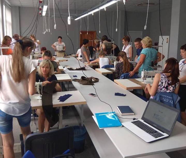 В Киргизии был проведен тренинг для сотрудников швейных предприятий
